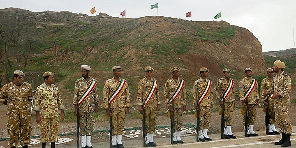 لزوم استقرار پادگان ارتش در شهر ابرکوه >         </div>         <div class=
