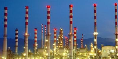 فعالیت شرکتهای شیمیایی در «زرقان» جان مردم را به مخاطره انداخته است