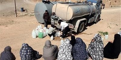 خستگی اهالی روستای منوچهرآباد و بیجانه از قطعی آب و برق