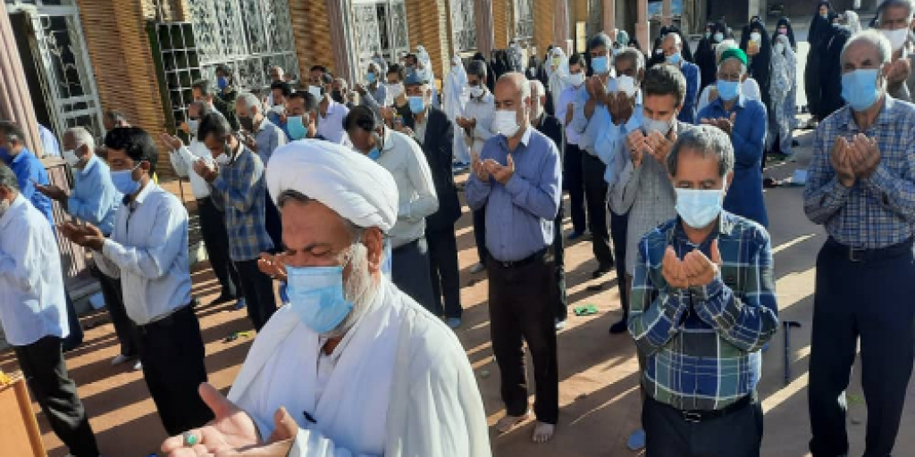 برپایی نماز عید قربان در شهرستان زرند >         </div>         <div class=