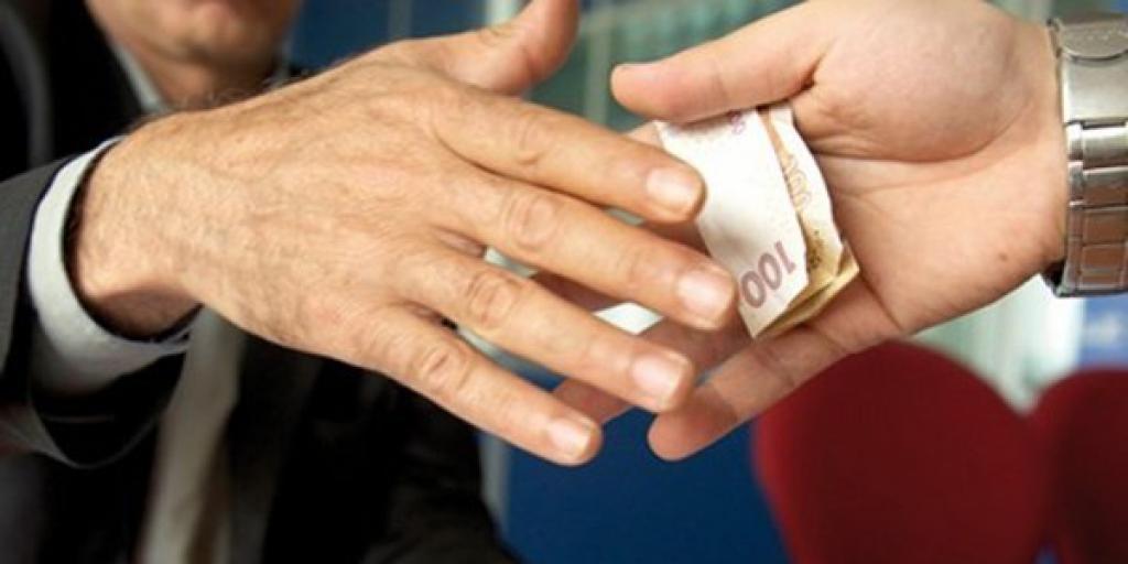 پیشنهاد تشکیل کارگروه مبارزه با فساد اداری در کشور>         </div>         <div class=