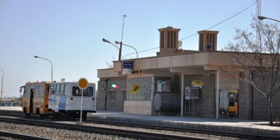 مسؤولان، ایستگاه راهآهن اشکذر یزد را دریابید