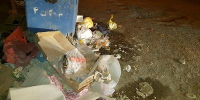 مشکل زبالههای رها شده محوطه مجتمع مسکن مهر تالش را حل کنید