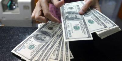 چه کسانی در این 8 سال دلار 4200 تومانی گرفتند؟