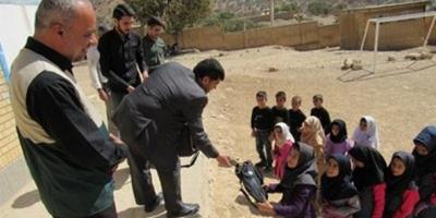 جهاد معلم فداکار دزفولی در مناطق محروم