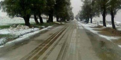 جاده روستای چاهشیرین شیراز نیاز به آسفالت دارد