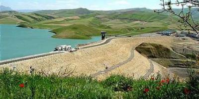 در روستای میهملهعلیا صالحآباد استان همدان سد ساخته شود