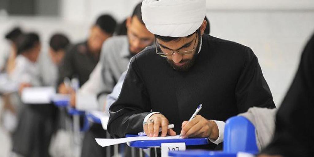 مطالبه عدم برگزاری امتحانات حضوری طلاب>         </div>         <div class=