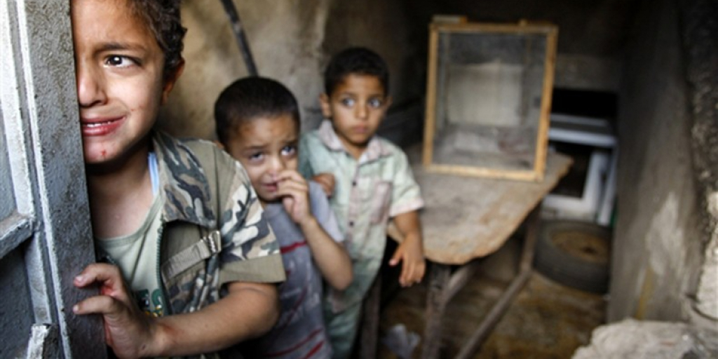 ارسال کمکهای انسانی از طریق کاروان دریایی به یمن >         </div>         <div class=