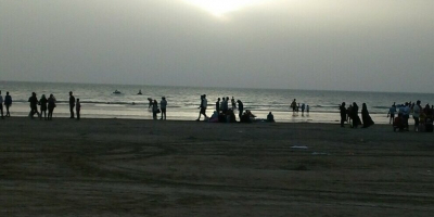 لزوم ایجاد فضای شنای سالم در سواحل بندرعباس