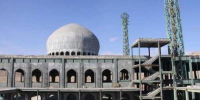 پروژه نیمهکاره مصلی نماز جمعه سمنان تکمیل شود