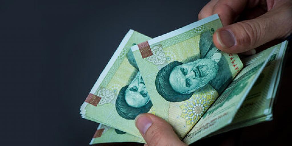 تقویت ارزش پول ملی مهمترین مطالبه مردم است>         </div>         <div class=