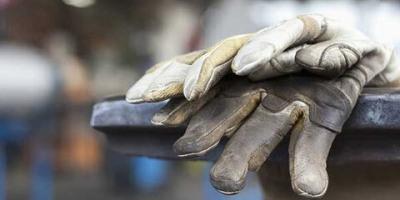 مزد پایین کارگران جوابگوی سفرههای خالیشان نیست