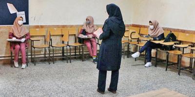 مطالبه استخدام معلمان مدارس غیردولتی