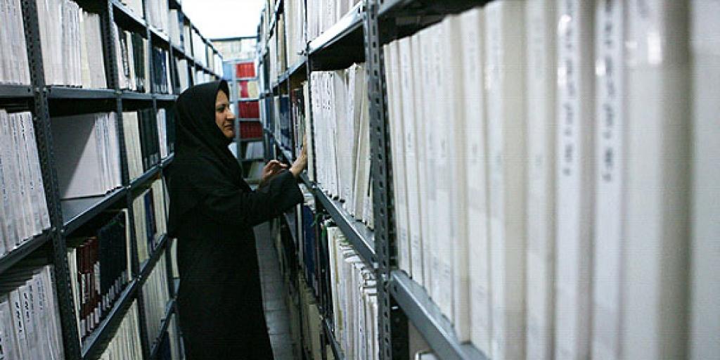 امکان از بین رفتن منابع نابینایان رودکی در انتقال به کتابخانه ملی  >         </div>         <div class=
