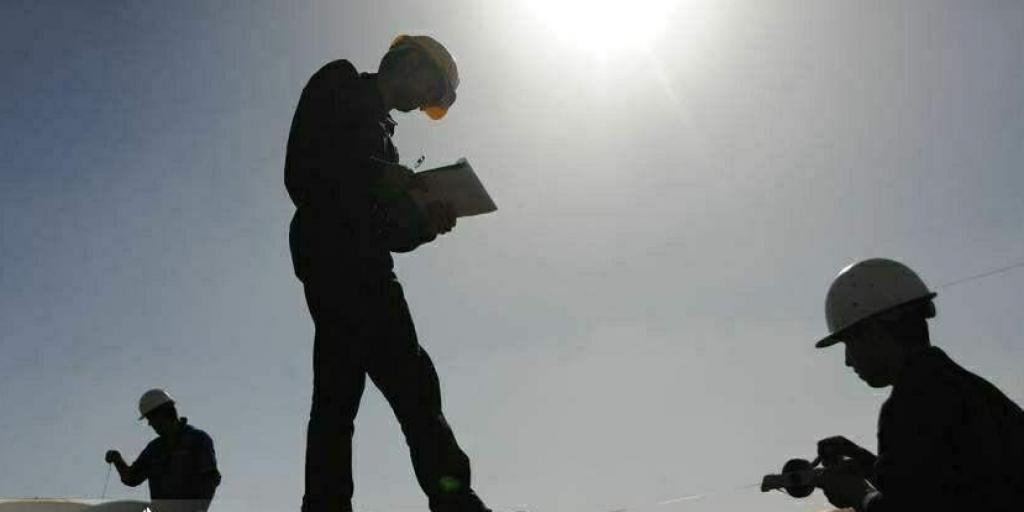 درخواست حذف شرکتهای پیمانکاری وزارت نفت>         </div>         <div class=