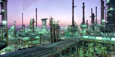 بلاتکلیفی پذیرفتهشدگان پالایشگاه نفت سنگین قشم